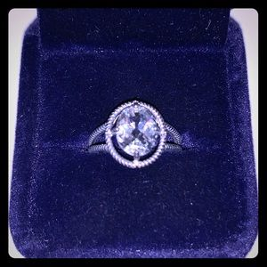 Sterling silver round diamond ring S7